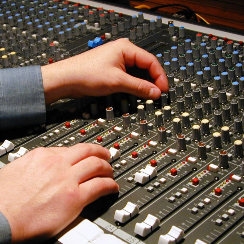 3 solutions Home Studio pour enregistrer sa guitare, de 350 à 3000 euros...