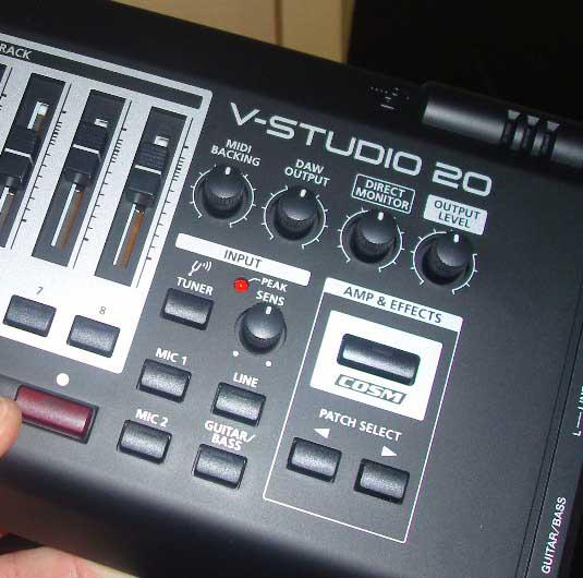 Super Test Roland VS 20, carte son, surface de contrôle et multi effets guitare/chant